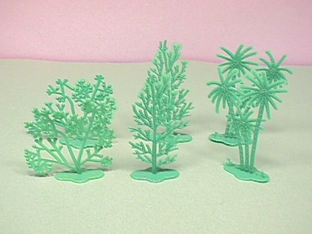 Plastic trees for train sets