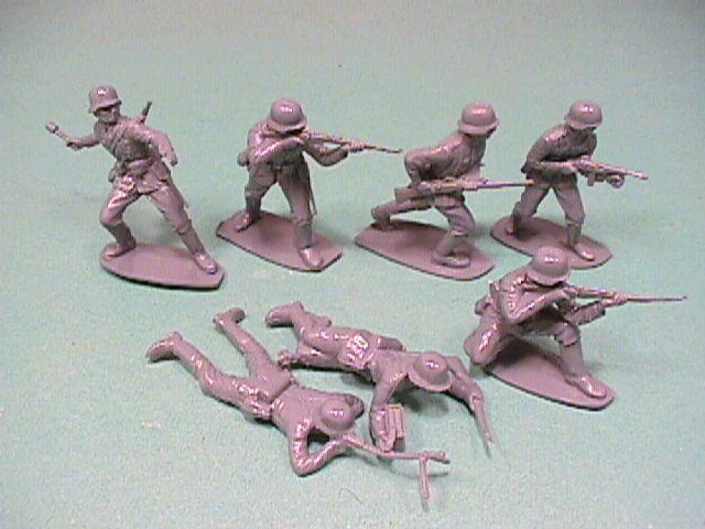 world war soldiers. 1/32nd Re-issue World War