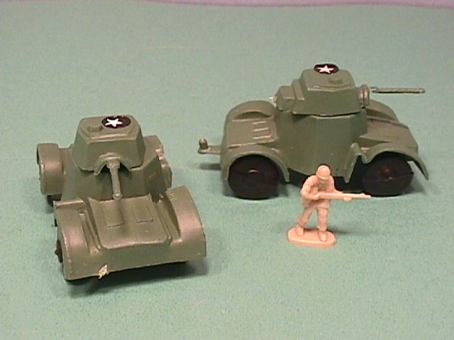 Set Of 5 Army Green Plastic Jeeps