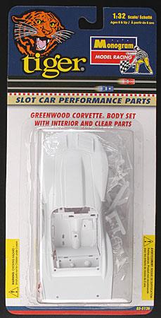 Monogram Greenwood Corvette Body Set & Interior Assembly 5126