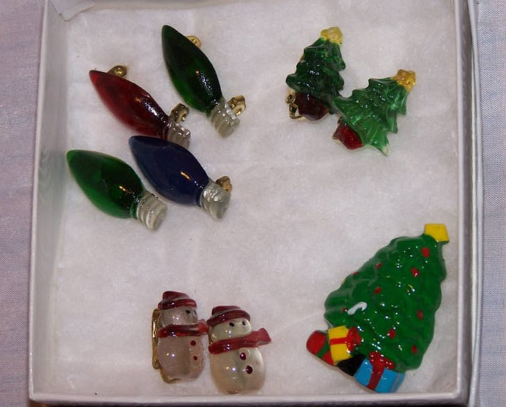 Christmas Jewelry Lights, Trees, Snowmen Earrings, Pin