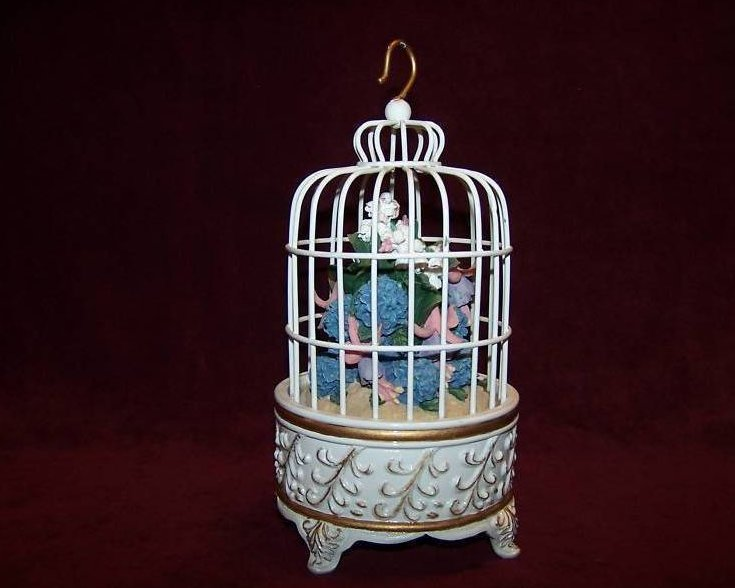 Image 1 of San Francisco Music Box Birdcage w Flower Bouquet
