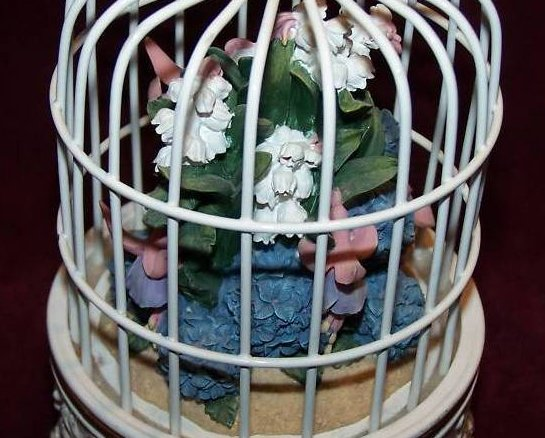 Image 4 of San Francisco Music Box Birdcage w Flower Bouquet