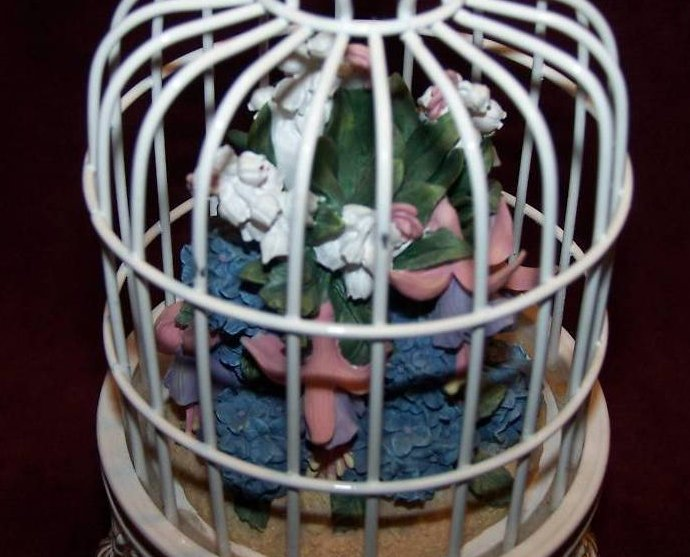 Image 5 of San Francisco Music Box Birdcage w Flower Bouquet