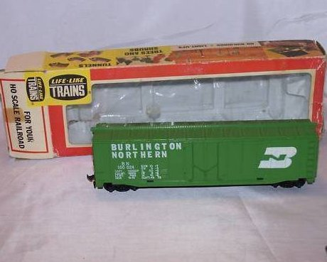 Tyco Burlington Northern Green Cargo Car