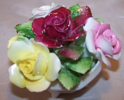 Royal Doulton Rose Flower Bouquet in Bowl, Bone China