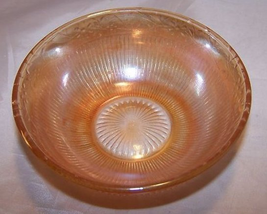 Image 1 of Marigold Carnival Glass Bowl, Daisy Chain Pattern