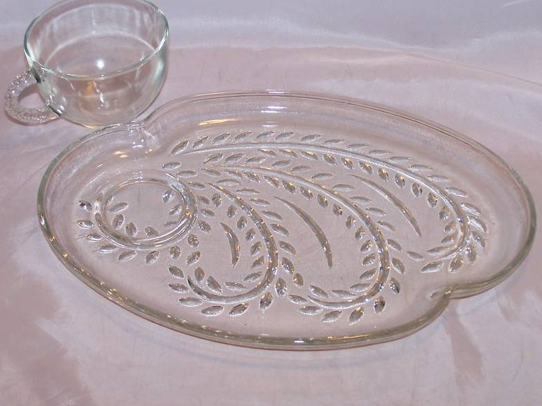 Image 2 of Snack Plate, Teacup, Federal Glass, Homestead Leaf Pattern