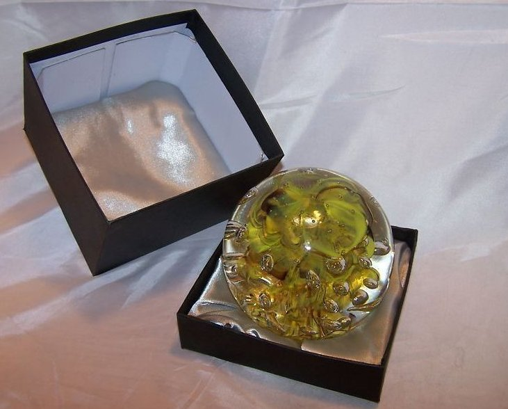 Image 1 of Glass Globe Paperweight Dynasty Gallery Yellow Brown