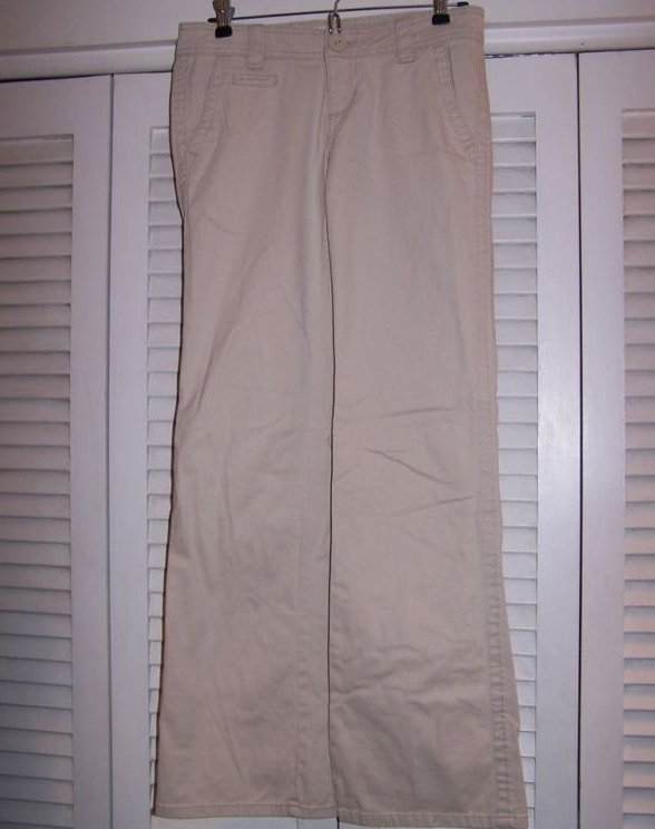 Juniors Sz 1/2 Aeropostale Khaki Pants, Very Soft