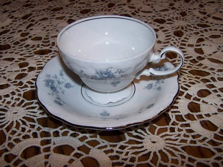 Image 1 of  Haviland Germany Saucer Teacup Cup, Cracked Handle
