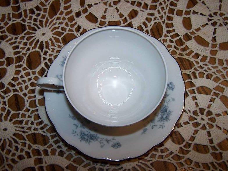 Image 2 of  Johann Haviland Bavaria, Rose Saucer Teacup, Paint Flaw