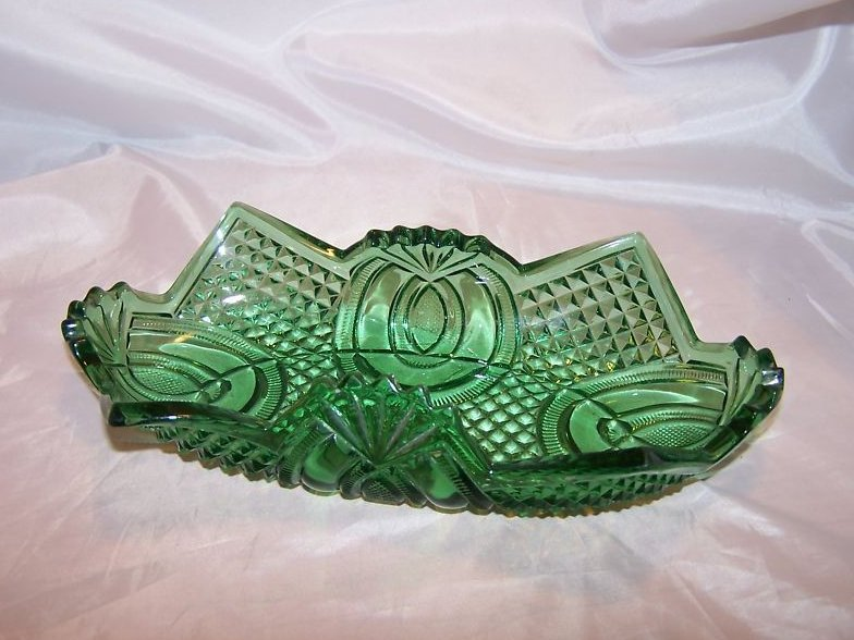 Image 2 of Vintage English Hobnail Green Folded Glass Bowl, Jubilee McKee