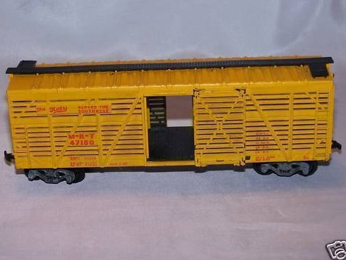 The Katy MKT 47150 Yellow Cattle Model Train Car