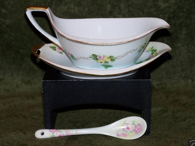 PM Bavaria Gravy Boat, Dish Old World Antique