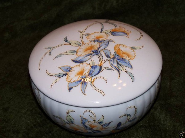 Aynsley **Just Orchids** Trinket Powder Box Bone China