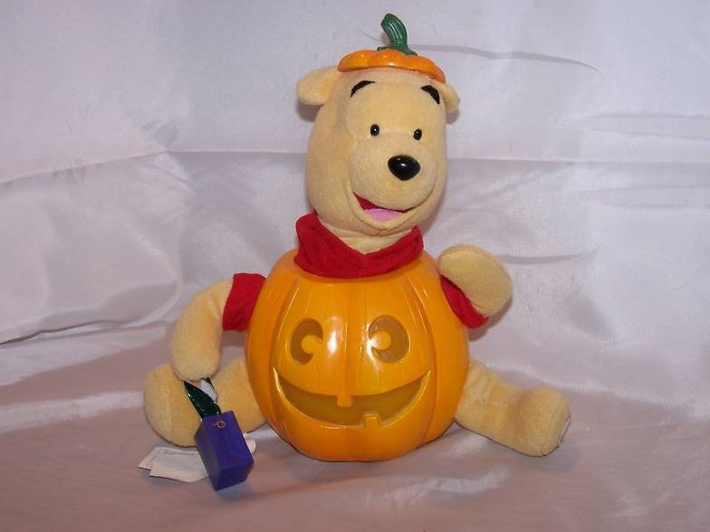 Music Box Winnie the Pooh and Pumpkin, Disney