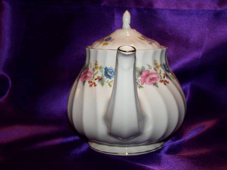 Image 1 of Sadler Floral Porcelain Teapot Tea Pot, Gold Trim