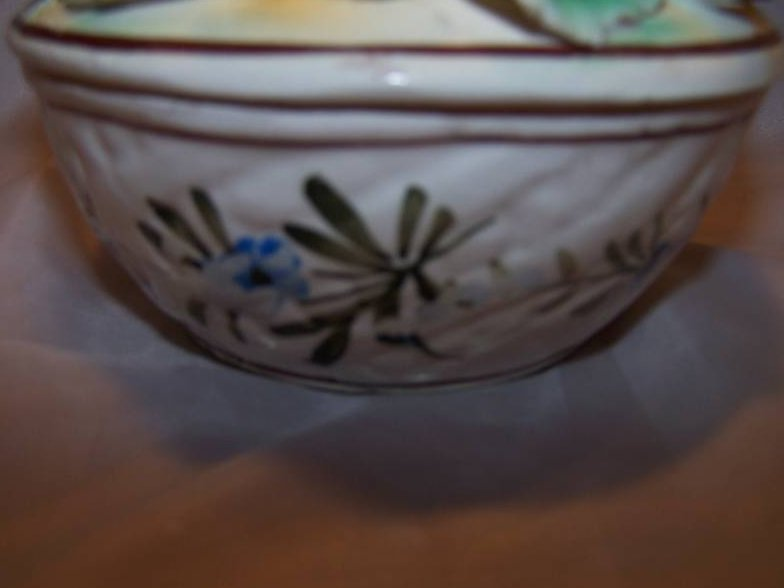 Image 5 of Hand Painted Sculpted Bowl w Lid, MBD Italian Pottery, Italy