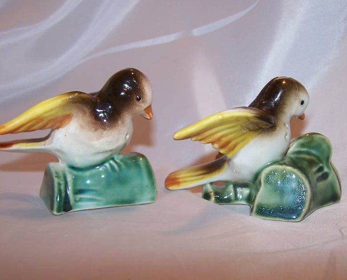 Image 4 of Birds on Branches Salt and Pepper Shakers, Japan Japanese