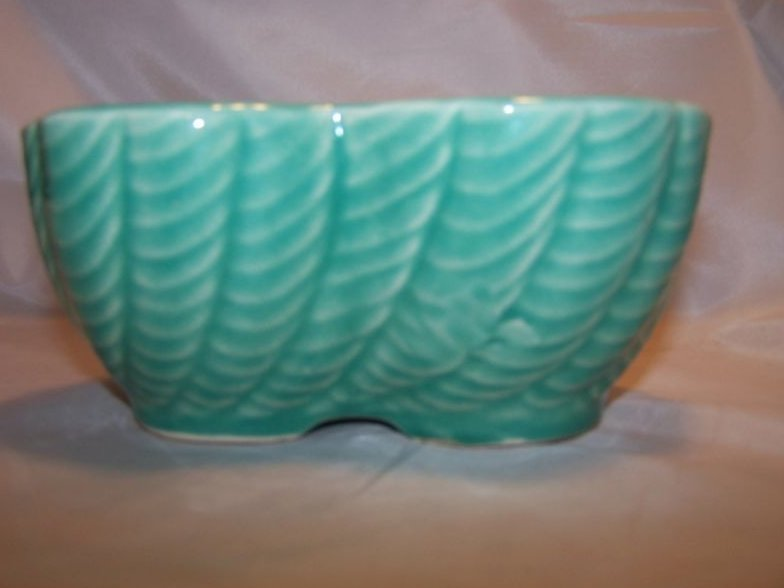Image 0 of RRP Co. Roseville Pottery Planter, 1208-6 USA