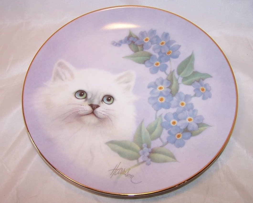 Hamilton Collection Forget Me Not Petals and Purrs Plate COA