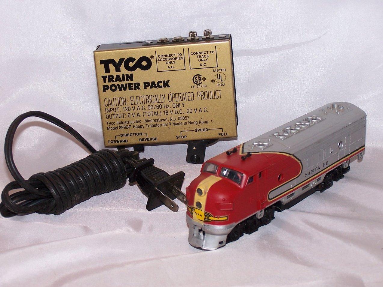 Tyco Power Pack Life Like Santa Fe Electric Train Engine