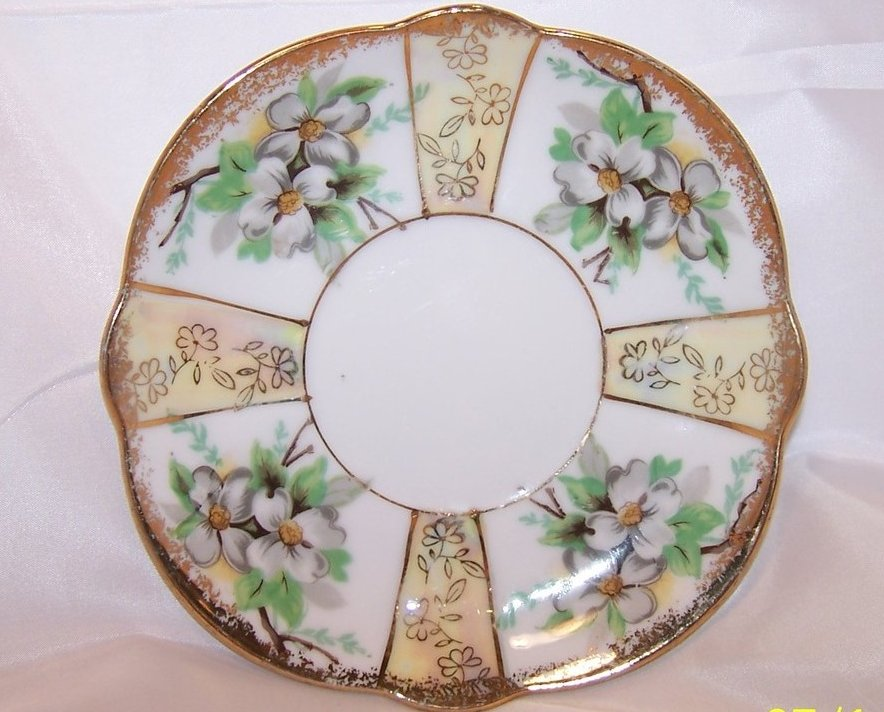 Dogwood Blossoms, Gold, Trimont Ware, Saucer Plate, Japan