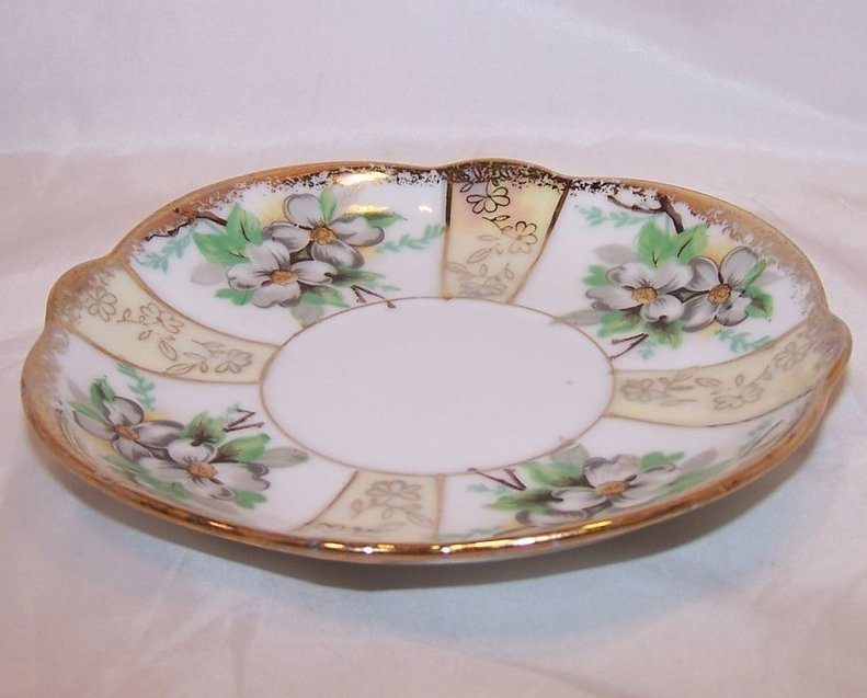 Image 2 of Dogwood Blossoms, Gold, Trimont Ware, Saucer Plate, Japan