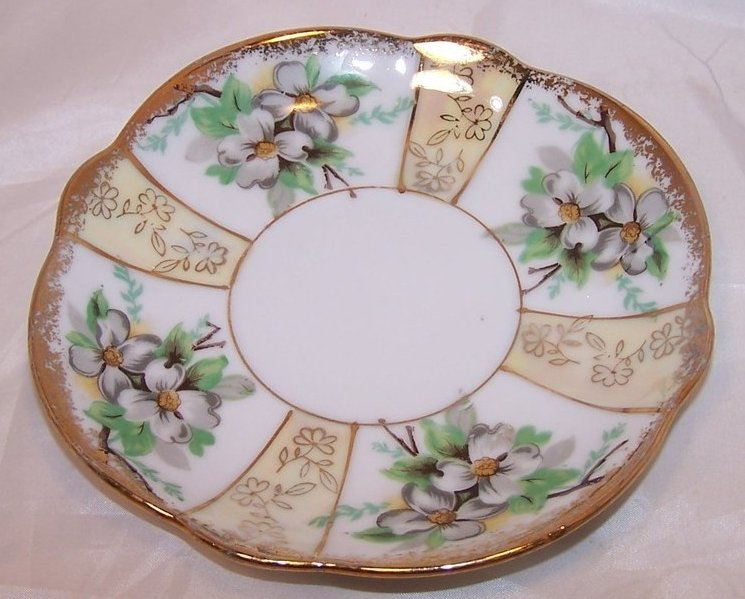 Image 3 of Dogwood Blossoms, Gold, Trimont Ware, Saucer Plate, Japan