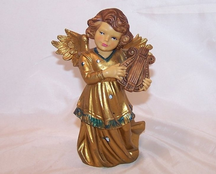 Angel in Gold Plays Lyre, Italy, 6 Inch