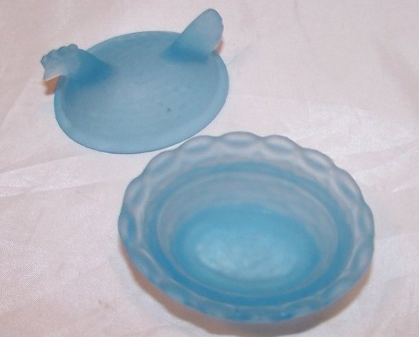 Image 1 of Blue Vaseline Glass Chicken Salt Dip Dish, Almost 2 Inches