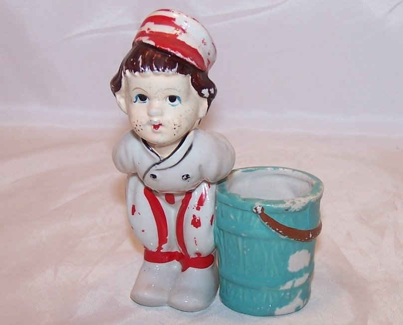 Ucagco Ceramic Kissing Dutch Boy, Tulips, Red Stripes, Japan