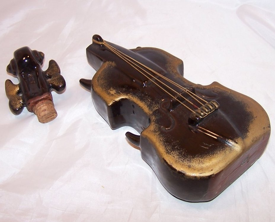Image 1 of Violin Decanter Standing, Japan