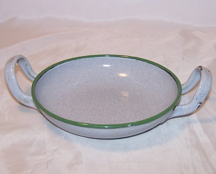 Vintage Enameled Bowl w Handles, Gray and Green Graniteware