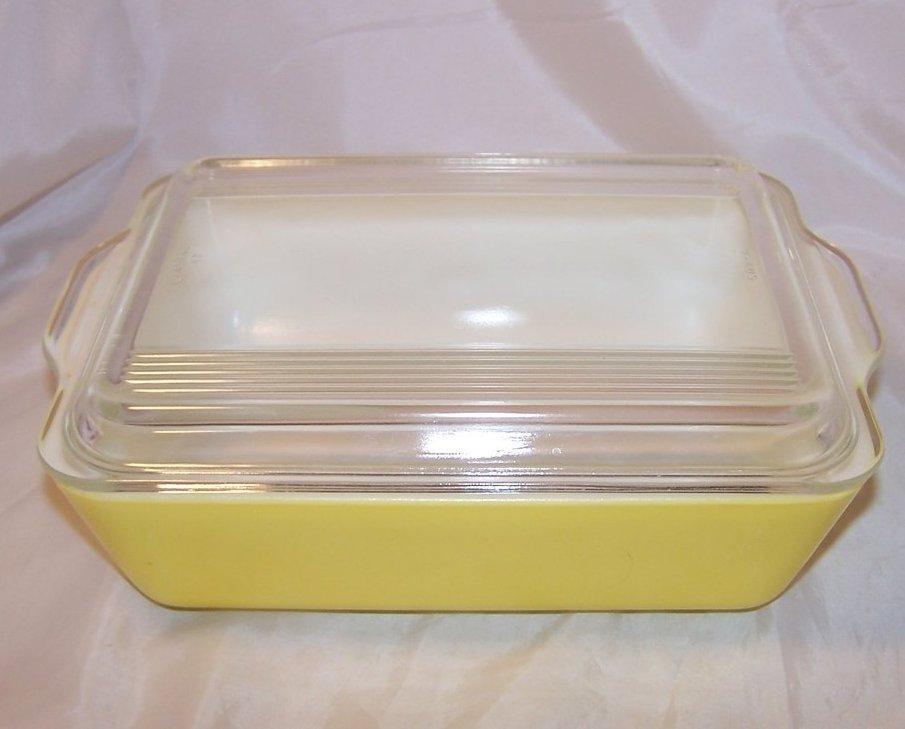 Yummy Yellow Pyrex Refrigerator, Baking Glass Dish w Lid