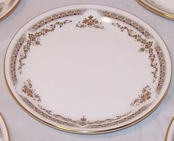 Royal Doulton WD Small Plate, Dish, Gold Rim, Bone China