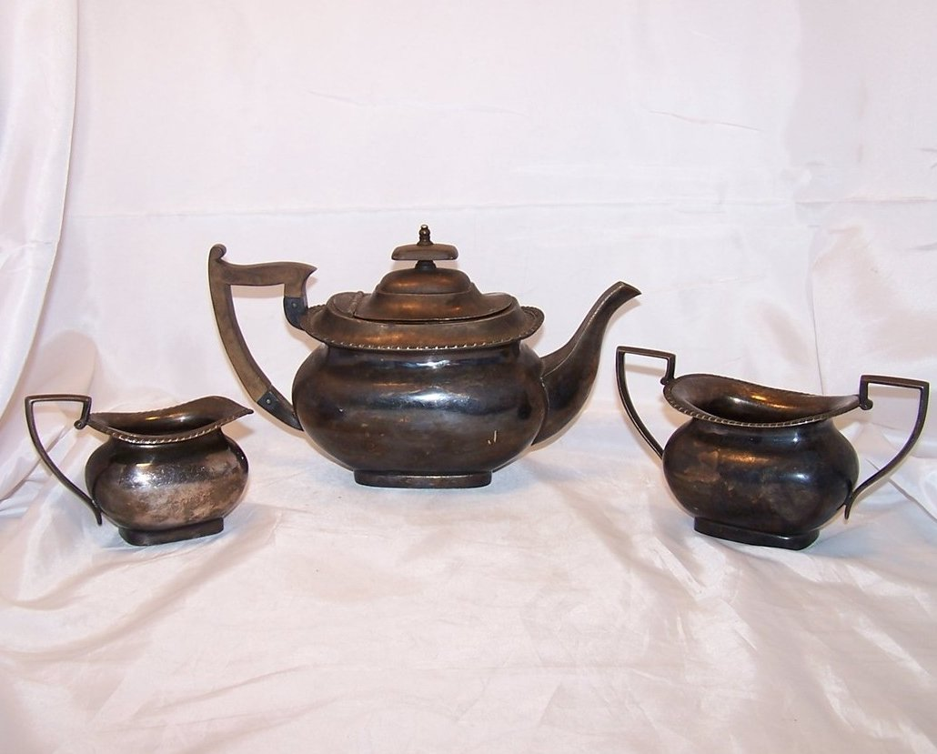 Walker and Hall Silver Tea Set, Teapot, Sugar, Creamer, Sheffield