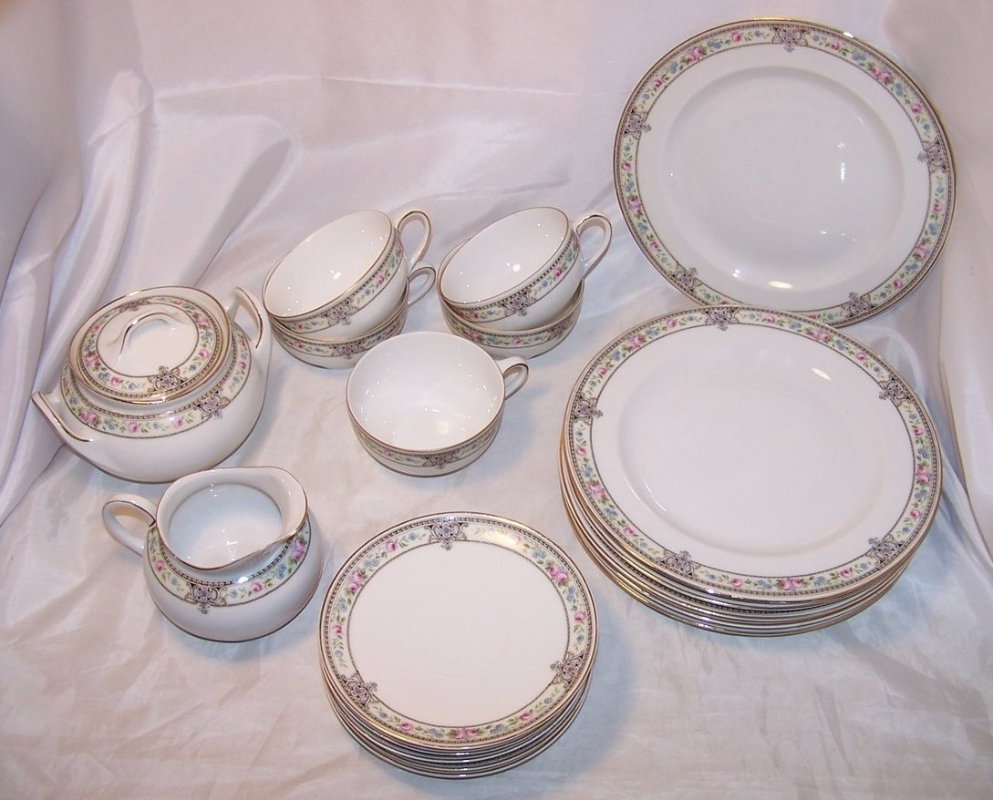 Image 0 of Hutschenreuther Selb Bavaria, Favorite, Dish Set, 20 Pieces