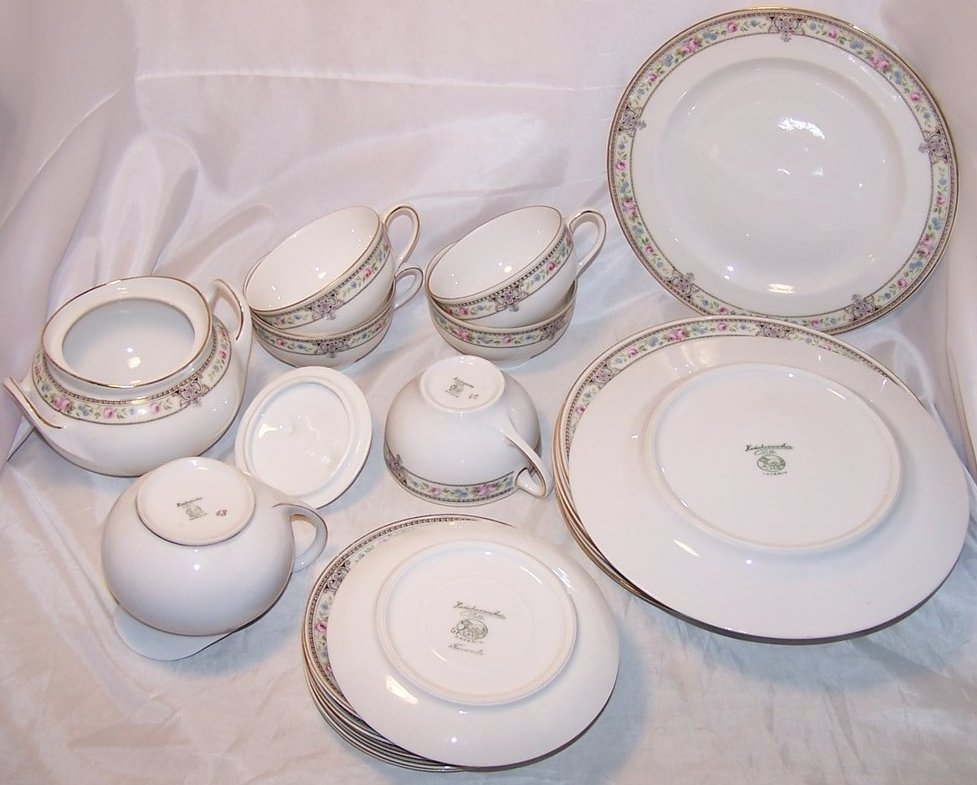 Image 5 of Hutschenreuther Selb Bavaria, Favorite, Dish Set, 20 Pieces