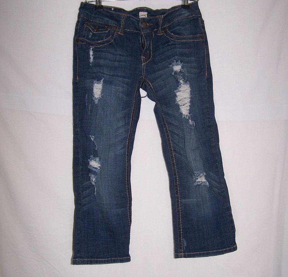 Jrs Sz 7, 8, Distressed Capri Jeans, H2J Production