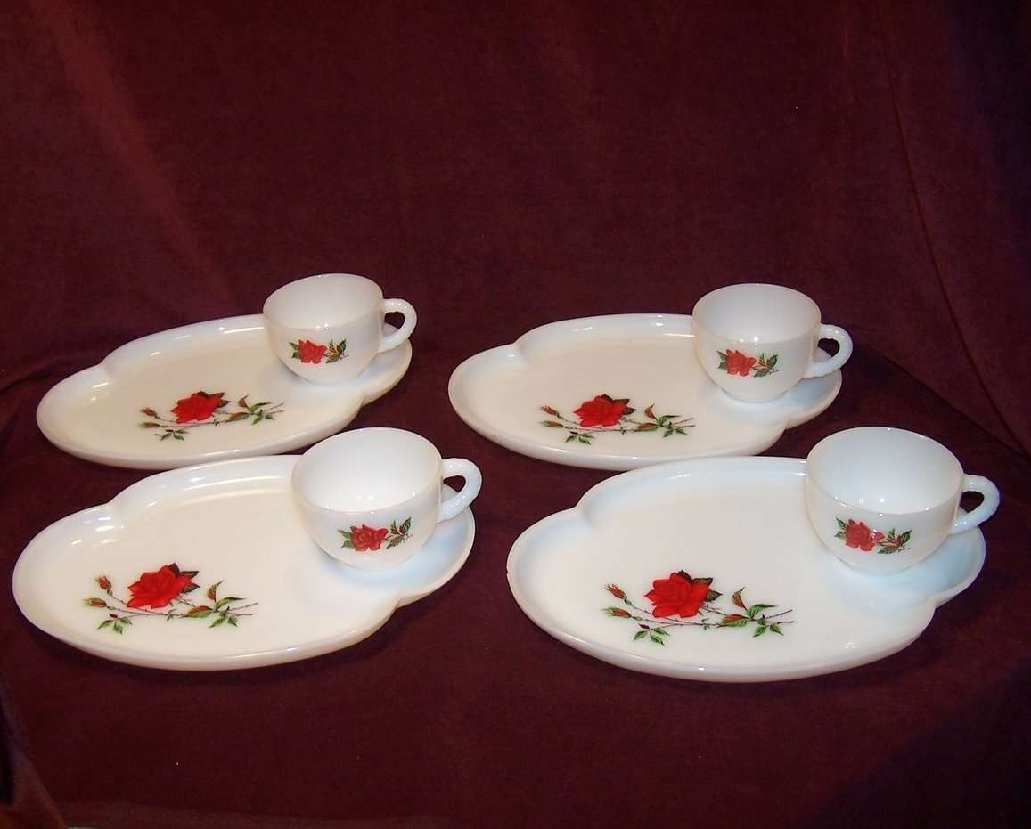 Snack Plate Federal Glass Rosecrest Milk Glass, Teacup Set, Orig Box