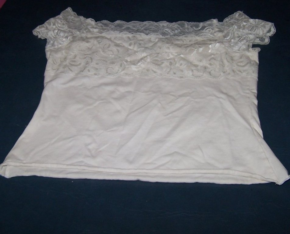 Jrs Size M Maurices Off Shoulder White Lace Crop Top Shirt