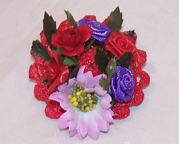New Woven Red Hat Pin w Red, Purple Roses, Pink Daisy Flower