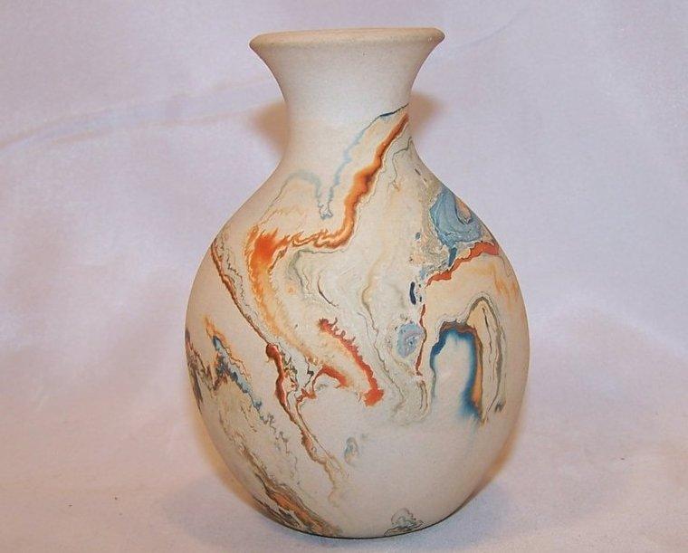 Nemadji  Earth Pottery Vase, South Dakota w Info Sheet