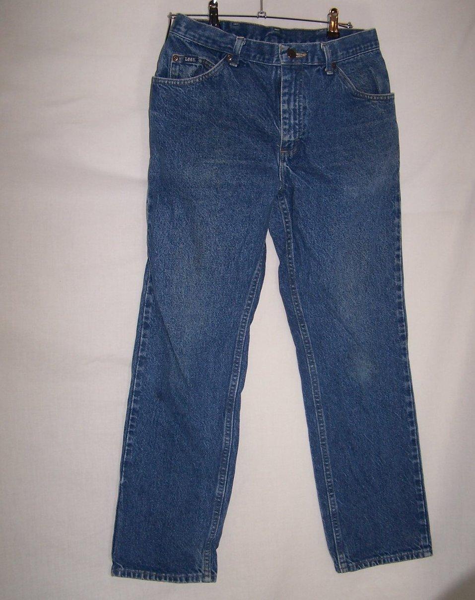 Size 34 x 30 Mens Jeans, Lee