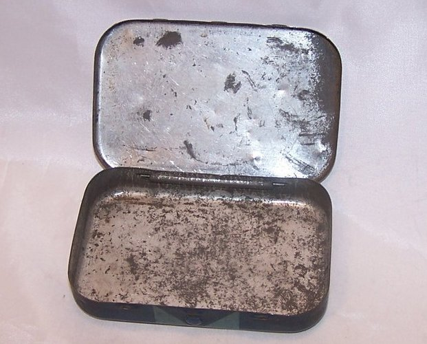 Image 2 of Mrs McGregors Family Nail Tin Box, American Steel and Wire
