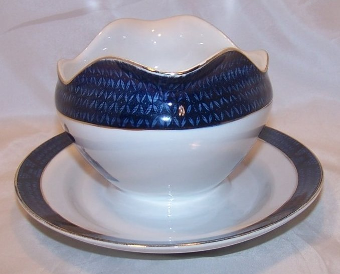 Image 1 of Nikko Double Phoenix, Blue Willow, Gravy Boat, Underplate