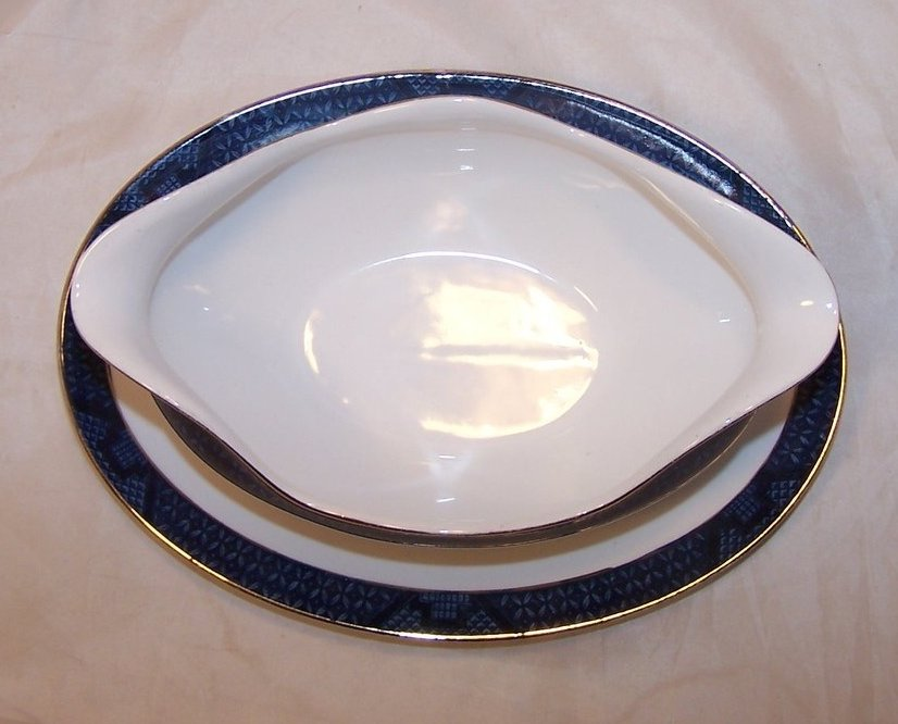 Image 4 of Nikko Double Phoenix, Blue Willow, Gravy Boat, Underplate