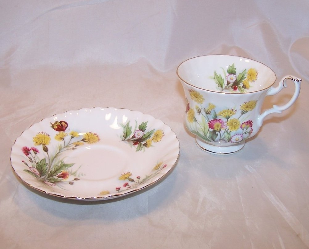 Image 2 of Country Life Teacup Saucer, Ebeling Reuss, Golden Crown